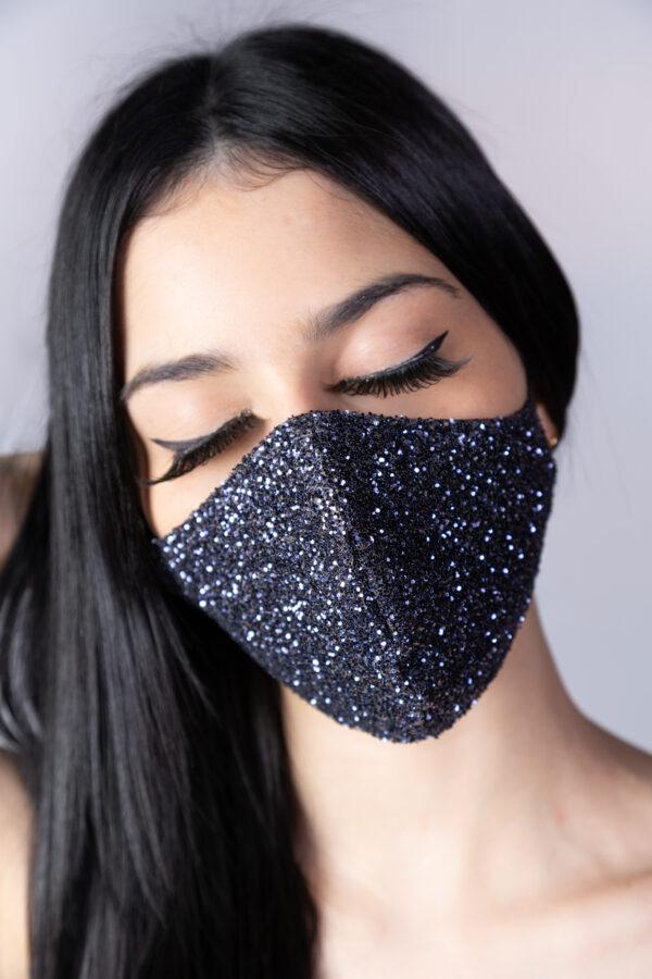 Máscara preta brilho (ESGOTADA) - Atelier Fernanda Baião - Alta Costura - Vestidos de Festa